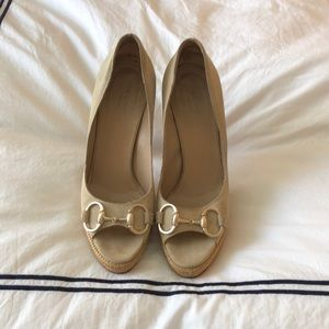 Gucci nude suede pumps 7